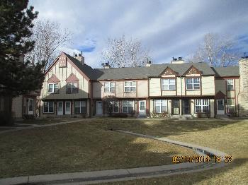 Townhouse for Rent in Aurora