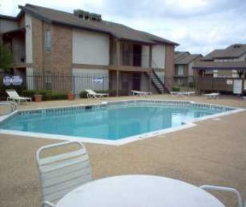 Welcome To Chelsea Creek Apartments In Tyler, Texa