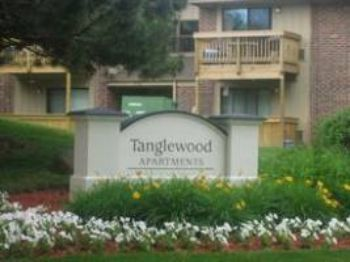 2134 South Goebbert Road Arlington Heights, IL, Rent: 1448, Beds: 3, Baths: 2