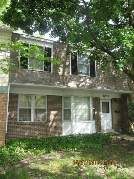 Townhouse for Rent in College Park