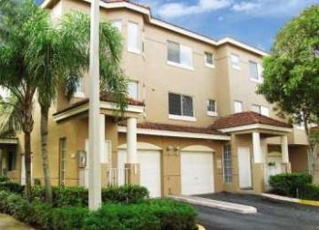 10700 West Sample Road Coral Springs FL House Rental