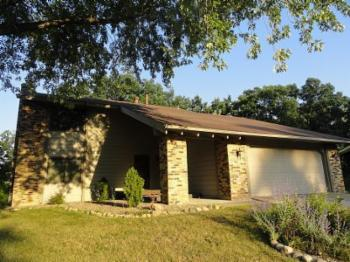vacation rental 70301116741 Maple Grove MN