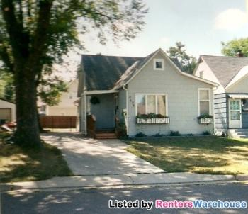 2576 2nd Ave E North St Paul MN House Rental