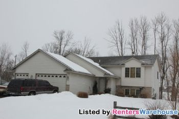 10920 Ridge Point Blvd Chisago City MN Home for Rent