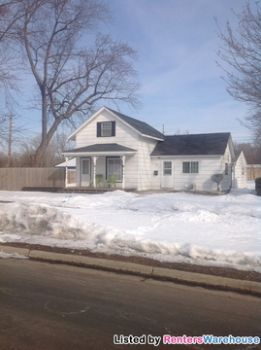 301 Main St Farmington MN House Rental