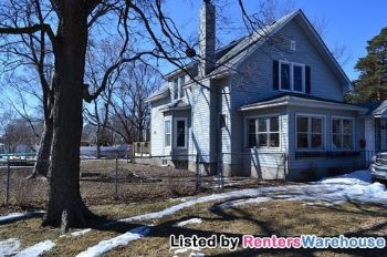 4801 W 110th St Bloomington MN Home Rental
