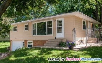 210 4th St Ne Byron MN Home For Lease by Owner