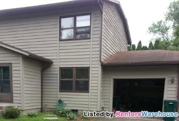 612 4th St N Apt 10 Hudson WI Home for Lease