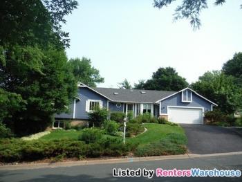 15030 Chestnut Dr Burnsville MN Home for Rent