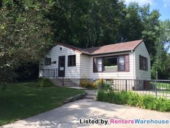 House for Rent in West Bend