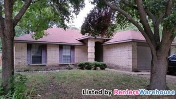 7613 Bob White Dr Rowlett TX Rental House