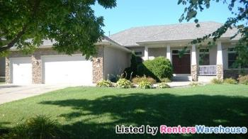 3701 Clearwater Creek Dr Lino Lakes MN Rental House