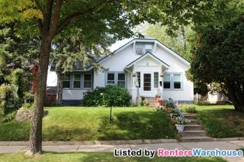 134 15th Ave N Hopkins MN House Rental