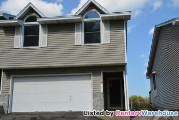 Townhouse for Rent in Chaska