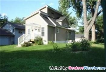 955 7th St Se Forest Lake MN Home Rental