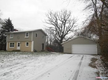 8323 113th St S Cottage Grove MN Rental House
