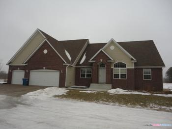 15980 105th Ave N Maple Grove MN House Rental