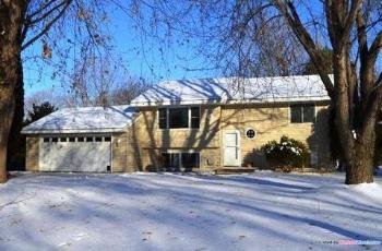 759 Berwood Ave Vadnais Heights MN Rental House