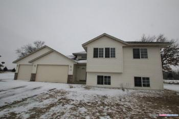 37870 Gerald Ave North Branch MN Rental House