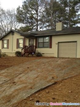 5072 Salem Rd Lithonia GA House Rental
