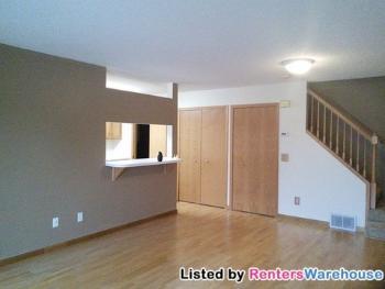 536 Mariner Way Woodbury MN House Rental