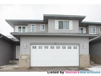Townhouse for Rent in Big Lake