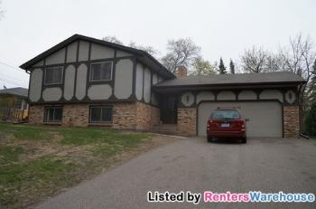 224 N Owasso Blvd Shoreview MN Home for Lease