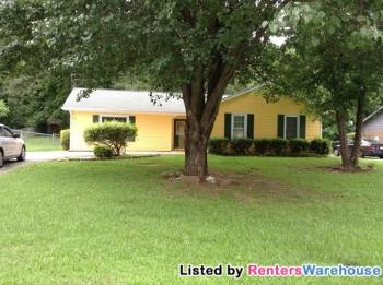 879 Bartow Ct Riverdale GA House Rental