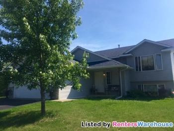1 303x Harriman St Sommerset WI House Rental