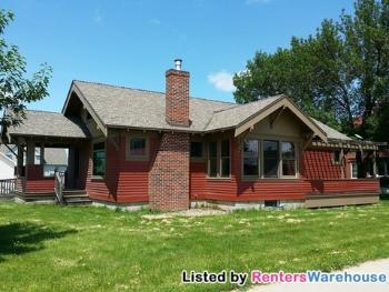 440 W Broadway Plainview MN Home Rental