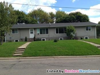 695 Jackson Ave Sw # 1 Cokato MN  Rental Home