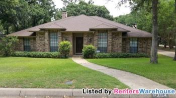 6201 Amicable Dr Arlington TX Home for Lease