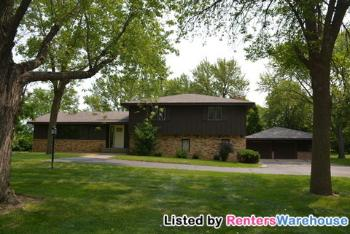 1461 Spencer St Shakopee MN House Rental