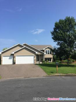 17622 306th St Shafer MN Home for Rent