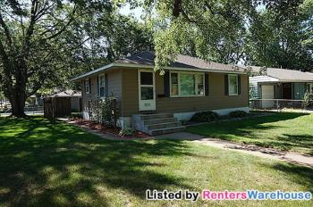 5901 Idaho Ave N Crystal MN Home for Lease