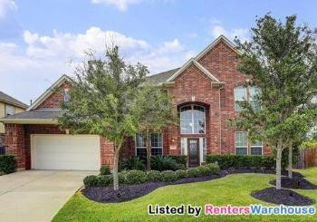 12401 Clover Creek Ln Pearland TX Home For Lease by Owner
