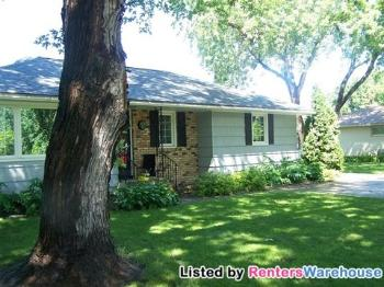 9003 W River Rd Brooklyn Park MN Home for Lease