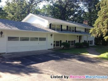 925 Minnesota Ln N Plymouth MN House Rental