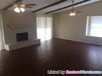spacious 3 bedroom 2 bath home houston apartments for rent