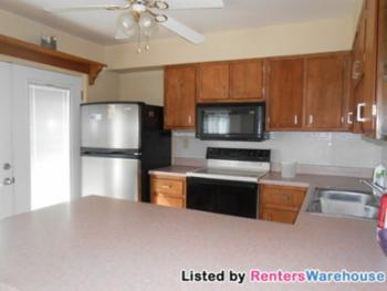 Condo for Rent in Hazelwood