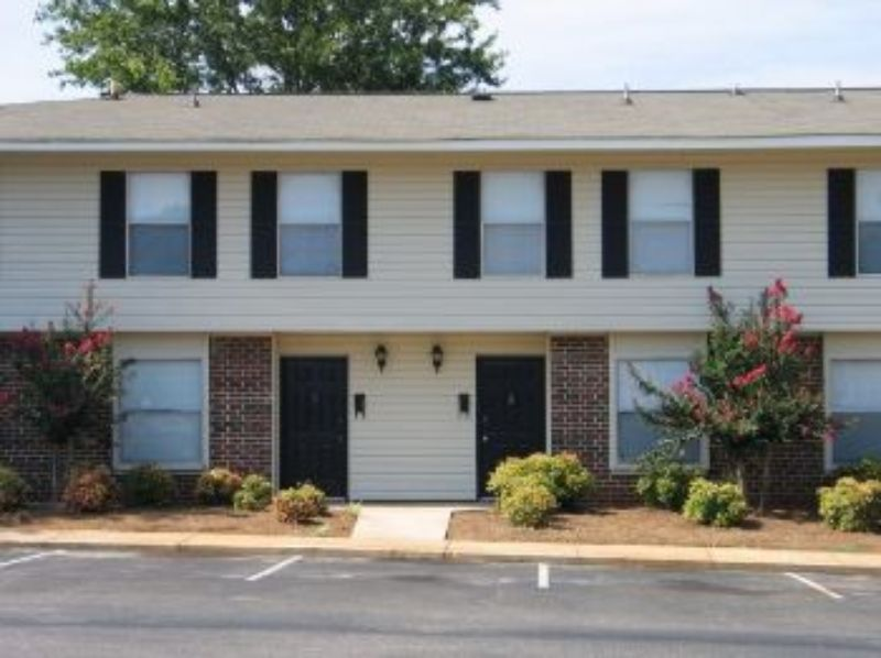4100 S. Memorial Parkway Huntsville AL House for Rent