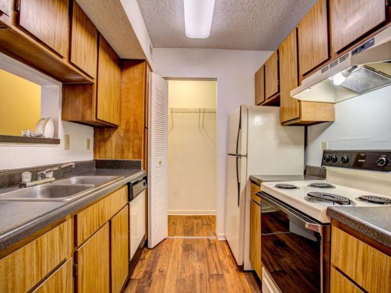 1070 West Main Street Hendersonville TN House Rental