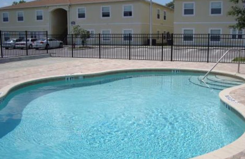 Image of Evergreen Apartments at 1807 Canberra Ln Tampa FL