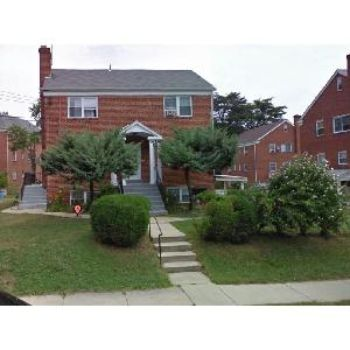 LARGE 2BD/1BA TOP FLOOR CONDO IN TAKOMA PARK!!