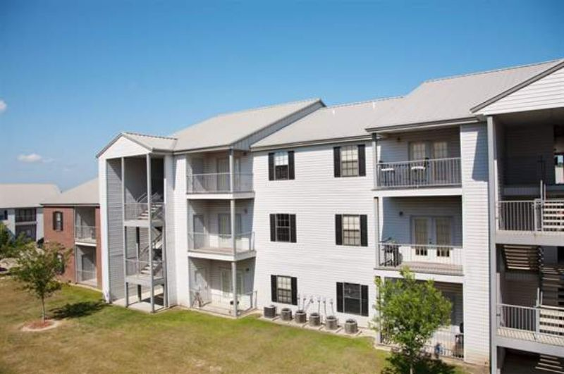 Gulfport apartments for rent in gulfport apartment rentals for Home builders in gulfport ms