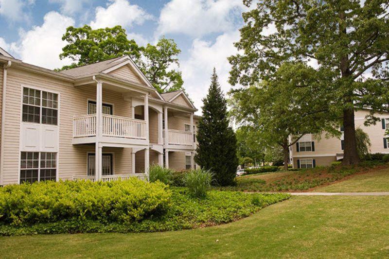 2550 Cumberland Blvd Smyrna GA Rental House