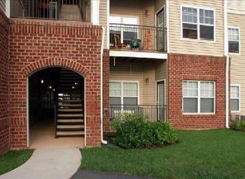 20723 Reserve Falls Terrace Sterling VA Rental House