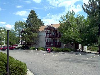 Condo for Rent in Aurora
