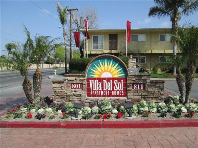 811 S. Fairview Apt A Santa Ana CA Home Rental