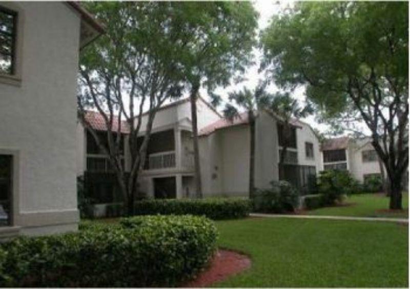 6874 Palmetto Circle South Boca Raton FL Home for Lease
